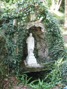1 La fontaine Saint-Symphorien