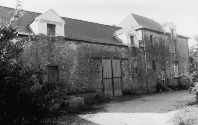 13 maison de la Cour du bourg