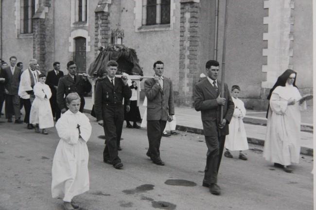 2 procession  1958