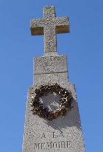 5 Le monument aux morts (détail)